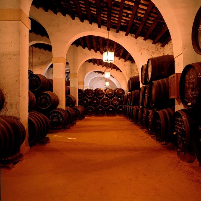 橡木桶決定了威士忌70%的風味,也因此橡木桶的品質是釀造高品質威士忌的關鍵