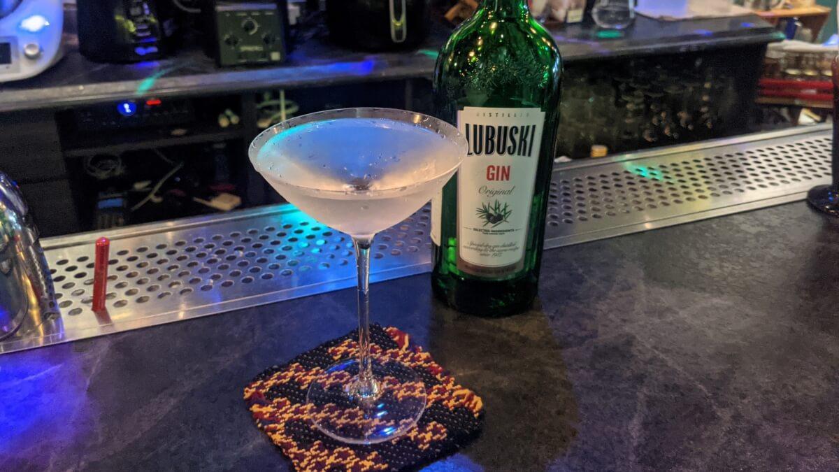needle 馬丁尼 Martini