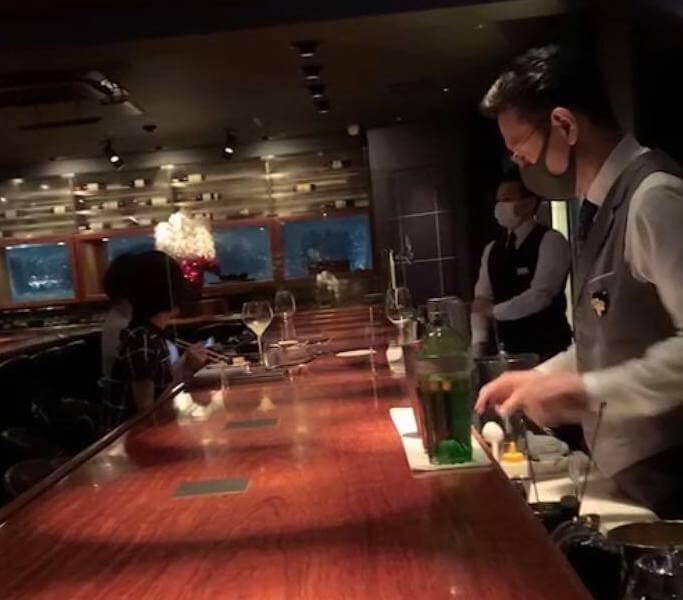 疫情中營業的日本酒吧